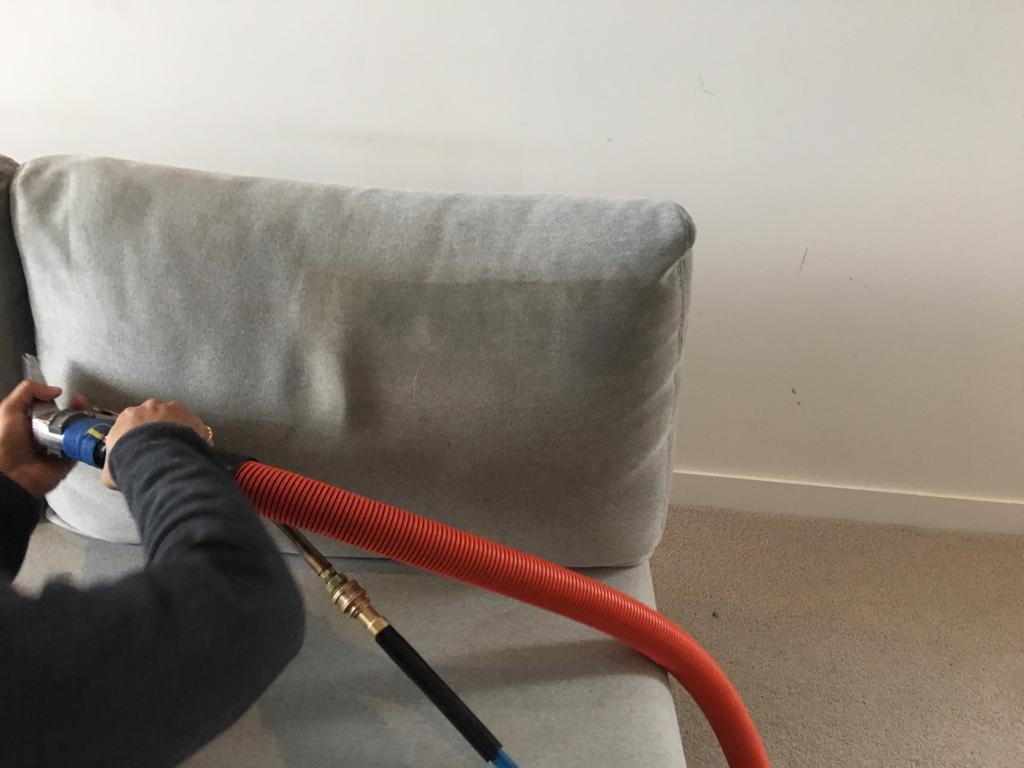 bankstel reinigen op locatie